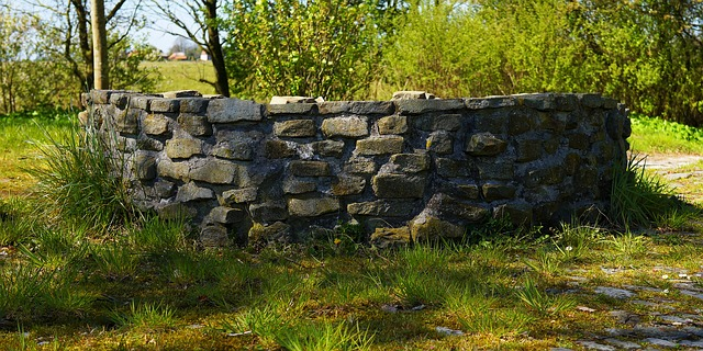 kamenné ohrazení