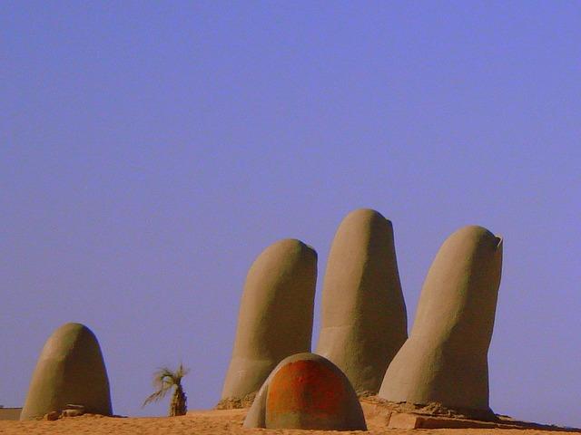 Punta, socha, písek