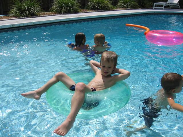 super bazén je skvělé vyžití pro děti